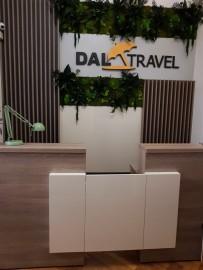 Personalizare interior agentie turism
